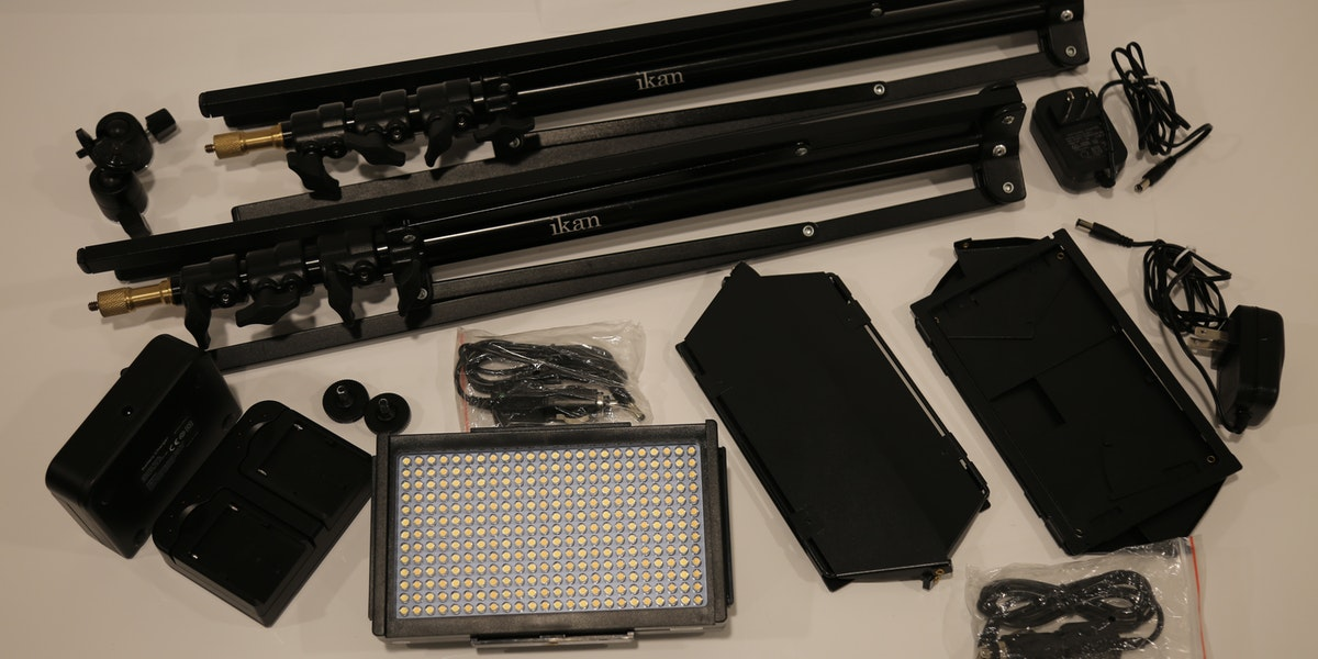 Photo of Endner StoryLab IKAN 2 LED light kit