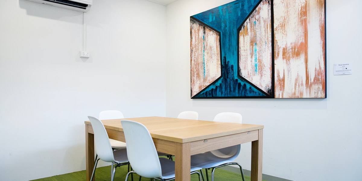 Photo of Meeting Room (medium size: 4-6 people) - Hourly Rate