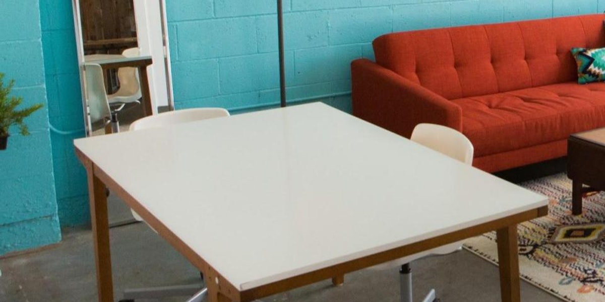 Photo of Lounge Table