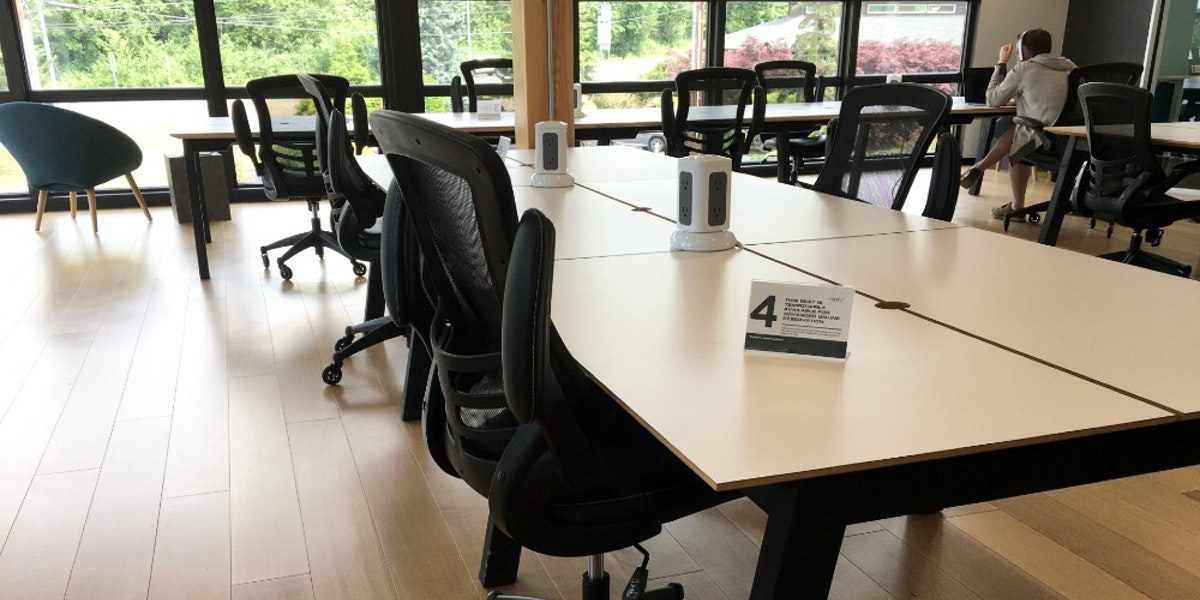 Photo of Hot Desk 4
