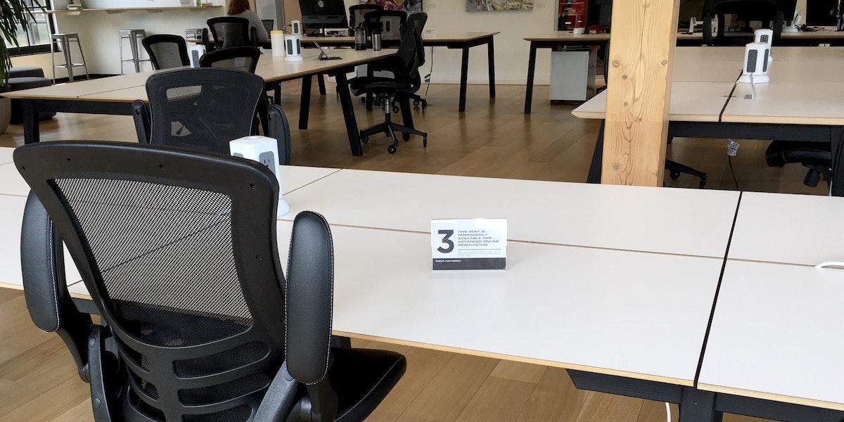 Photo of Hot Desk 3