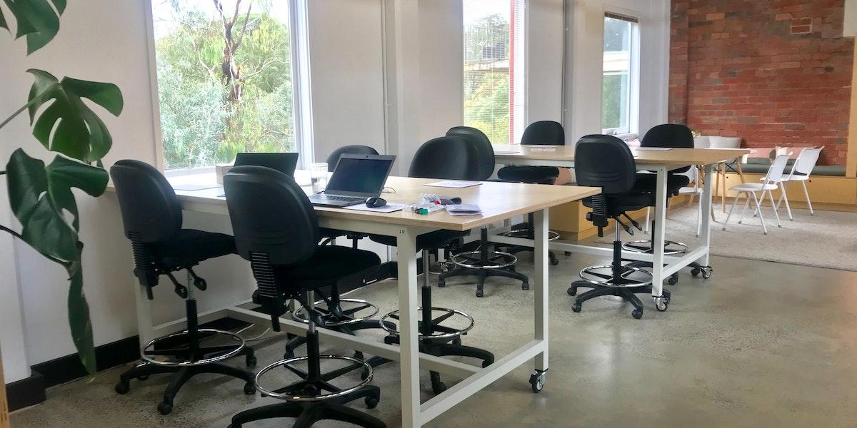 Photo of Desk 14.15