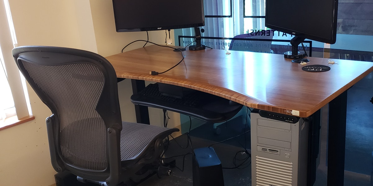Photo of Desk 5 - Standing Desk