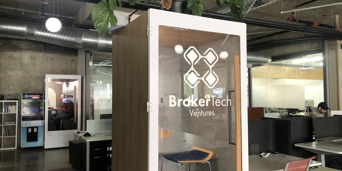 Photo of (1) BrokerTech Phone Booth