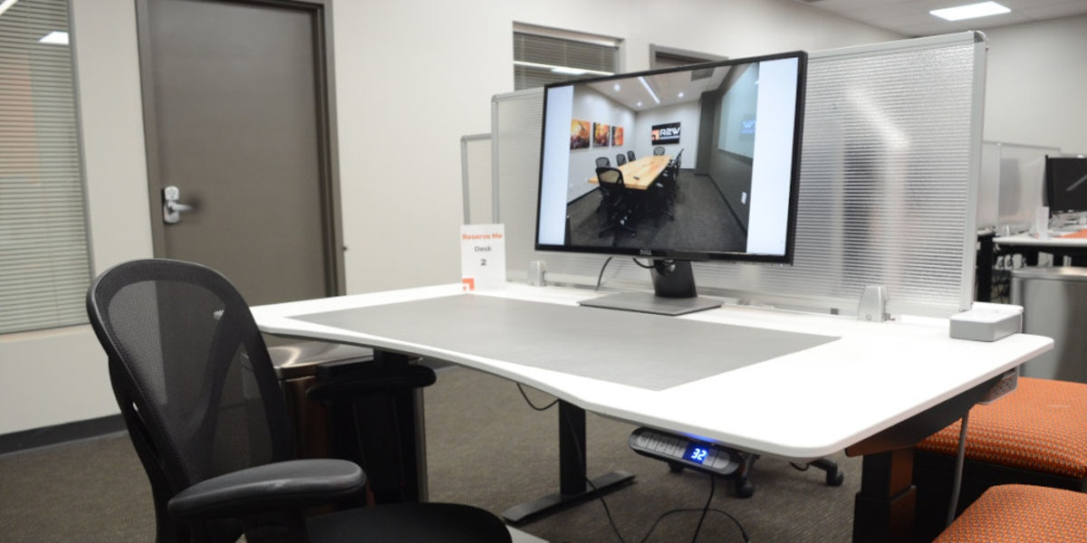 Photo of Desk 2