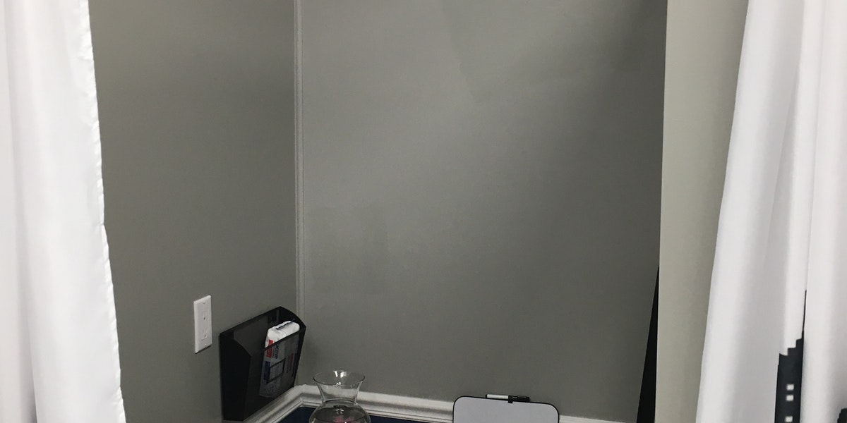 Photo of 4ft x 5ft Workstation #1