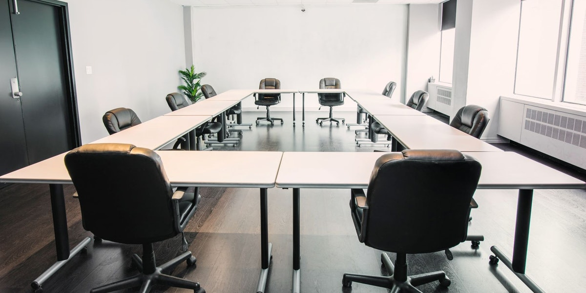 Photo of Large Boardroom