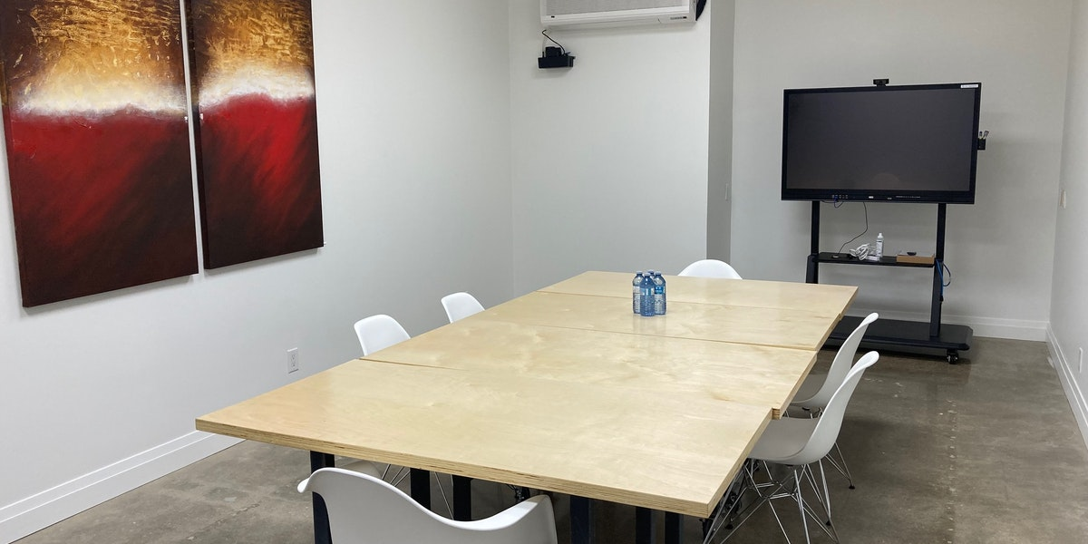 """Photo of """"THE HONEYCOMB"""" Meeting Space HOURLY: (min 2 hours req'd) - seats 12"""